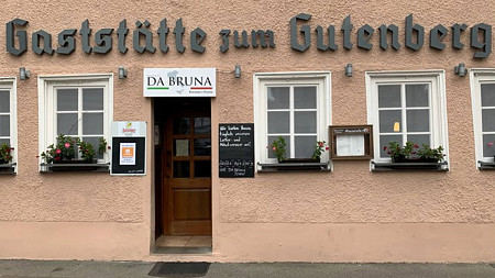 Mozzarella Bar DA BRUNA | Salate Tübingen